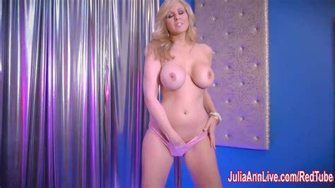 sexy milf julia ann in strip tease and redtube