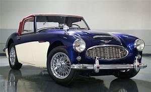 Auto Mieten In Dubai : nostalgia classic cars in dubai uae ~ Jslefanu.com Haus und Dekorationen