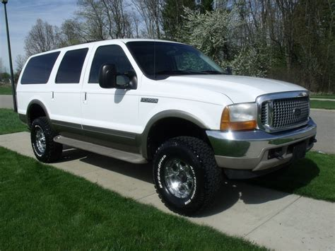 ford excursion  amazing photo gallery