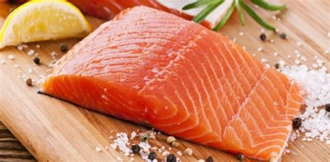 cuisiner le saumon frais que servir pour accompagner le saumon idées recettes