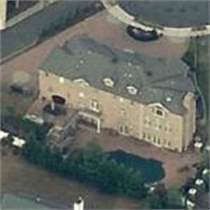 Buddy Valastro's House (Cake Boss) in East Hanover, NJ ...