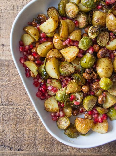 It has a rich pastry and strong, roasted vegetable aroma with a sour cheese note. The 25+ best Christmas dinner tables ideas on Pinterest | DIY holiday place cards, Christmas ...