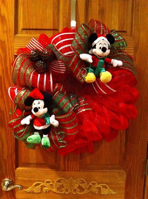 christmas disney mickey minnie mouse wreath wreaths