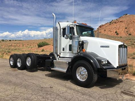 trucksales kenworth 2012 kenworth t800 day cab truck for sale 403 547 miles