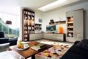 Wohnwand über Eck : eine wohnwand kann um die ecke verlaufen ~ Eleganceandgraceweddings.com Haus und Dekorationen