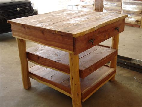 cedar kitchen island kitchen island cedar 1 drawer 2 shelves rockin l designs 2033
