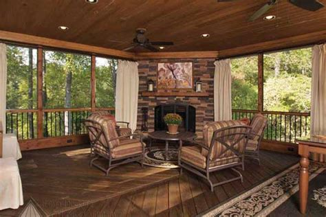 screened porch  cofferred ceiling