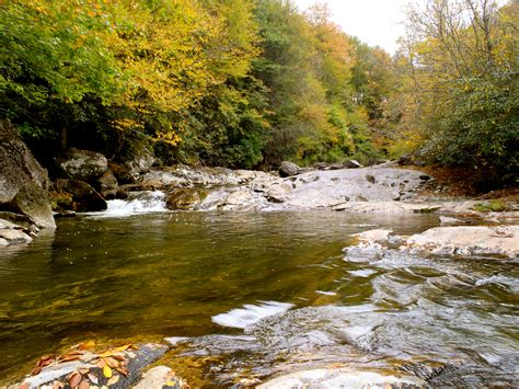 guided fly fishing  waynesville nc hookers fly shop