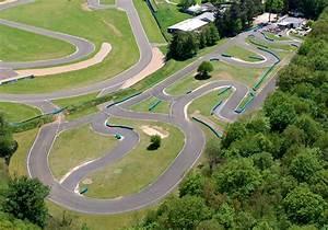 Piste De Karting : la piste pro 39 kart karting ~ Medecine-chirurgie-esthetiques.com Avis de Voitures