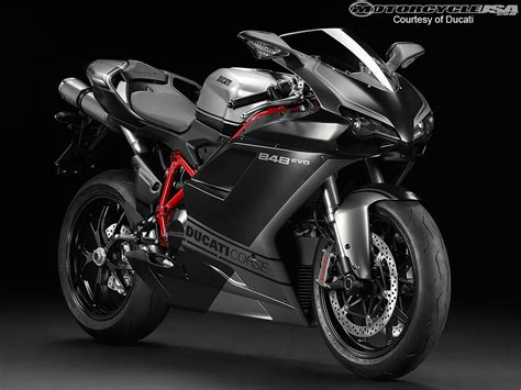 Ducati Motorcycle : 2013 Ducati Sportbike Models Photos