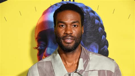 Breakout Star Yahya Abdul-Mateen II Wins First Emmy for ...