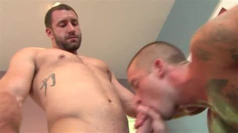 Hunk Is Gets His Destroy Jock Sucked By Model