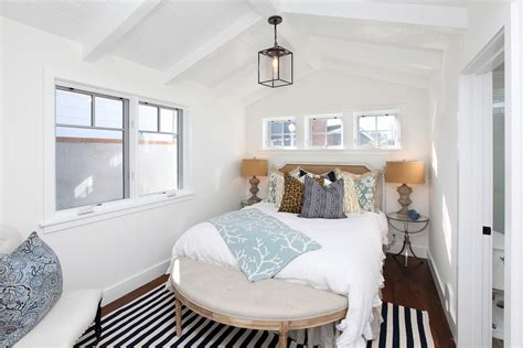 Traditional Small Bedroom Design Ideas