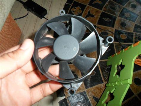 Old PC Fan ----> Wind Turbine in 10 Minutes : 4 Steps