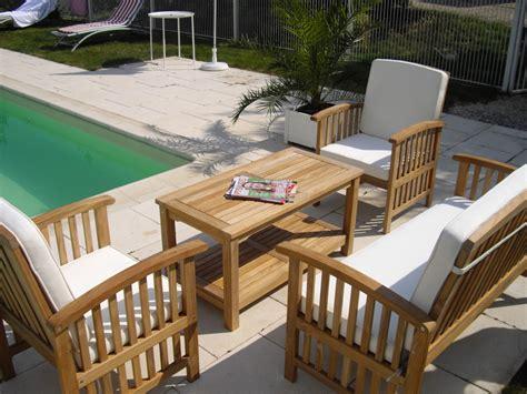 canapé d angle en palette fauteuil bois salon de jardin