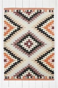 tapis ethniques imprimes et colores With tapis motif aztèque