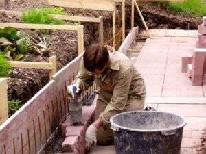 Terrassenplatten Verfugen Wasserundurchlässig : terrassenplatten verfugen welches material eignet sich ~ Orissabook.com Haus und Dekorationen