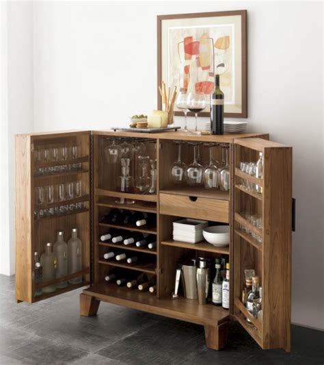 Classic Bar Cabinets For Luxury Homes