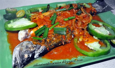 #steamfishthaistyle_recipe #ikankukus #resepikan *resep ikan kukus ala thailand bahan ikan bumbu ayam stok sos ikan bawang putih parsey air secukupnya serai lemon/air jeruk untuk. Sweet Brownies: Ikan Siakap Kukus Sos Thai Pedas