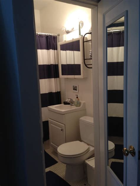 studio bathroom ideas in a studio apartment with my and two sons