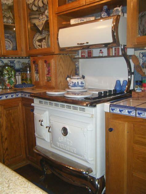 This Is My Elmira Stove In My Bluewhite Kitcheni Love