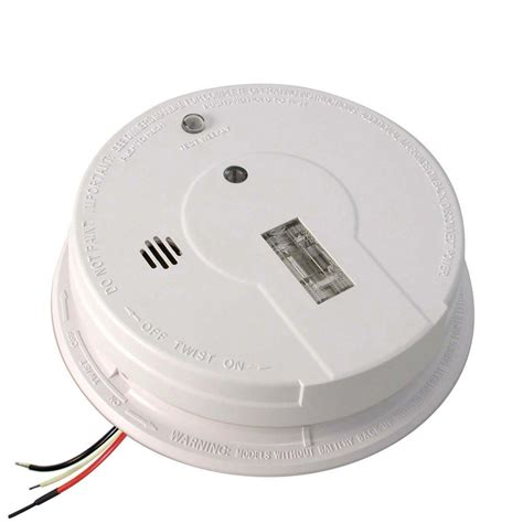 first alert smoke alarm blinking red light ionisation smoke alarm red light flashing mouthtoears com