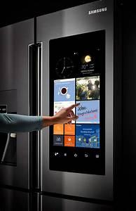 Samsung Kühlschrank Display : the future is now the heart of the 39 family hub 39 fridge is a 21 5 inch high definition lcd ~ Frokenaadalensverden.com Haus und Dekorationen