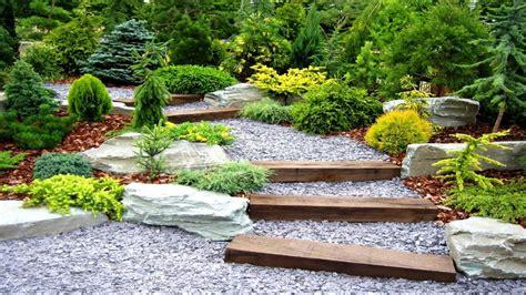 decoracion de jardines  piedras  rocas decorativas