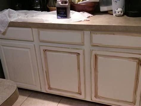 annie sloan chalk paint kitchen cabinets kitchen cabinet makeover with annie sloan chalk paint