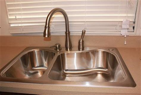 how to install a delta kitchen faucet how to install a delta kitchen faucet