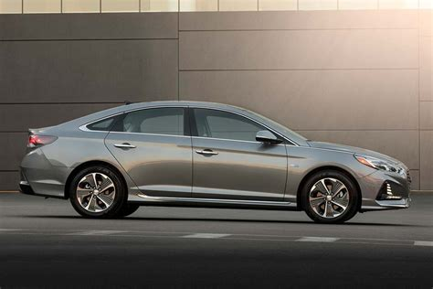 2019 Hyundai Sonata Review by 2019 Hyundai Sonata Hybrid Review Autotrader