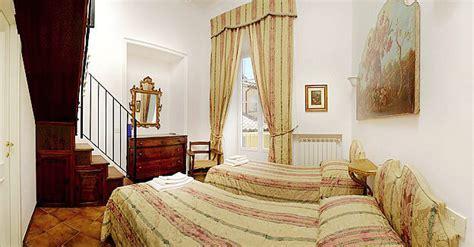 Rome Jewish quarter, elegant three bedroom apartment with