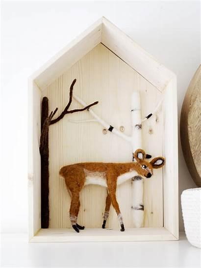 Roen Nursery Motif Nineteen Deer Ten Decorative