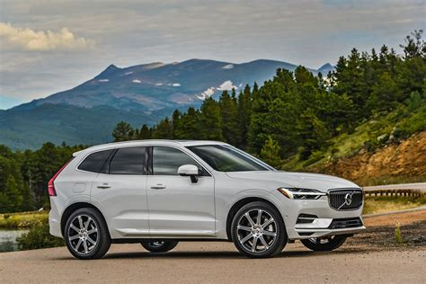 volvo xc named  detroit  press utility