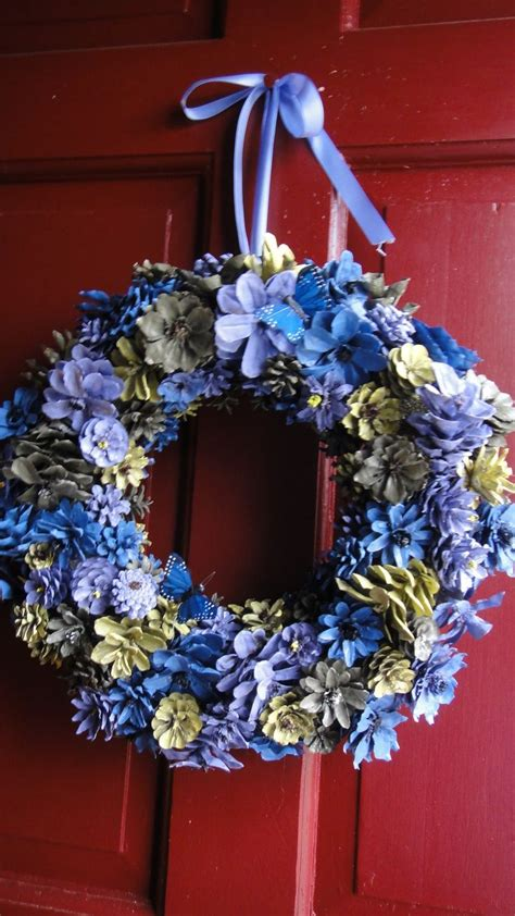Hand Painted And Cut Pinecone Flower Wreath Visit