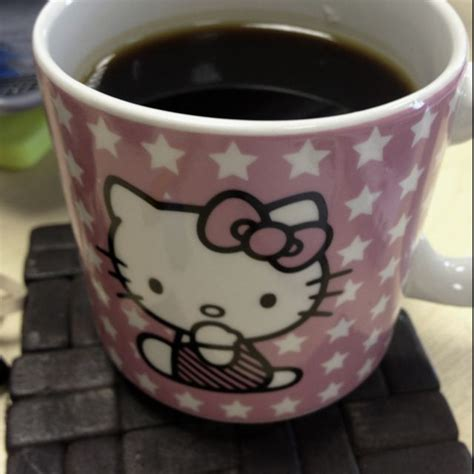 Whether you're looking to add to your collection or need a quick gift for a work friend, there's nothing like a custom coffee mug. Kitty coffee | Hello kitty, Kitty, Coffee cups