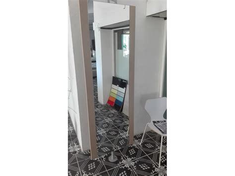 arredamento design scontato appendiabiti sistema in stile design tonin casa a prezzo