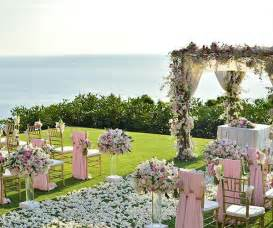 questions to ask wedding venue 9 questions brides forget to ask their wedding venues shefinds howldb