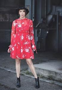 Kleid Mit Stiefeletten : schwarze kleider transparent modische kleider beliebt in deutschland ~ Frokenaadalensverden.com Haus und Dekorationen