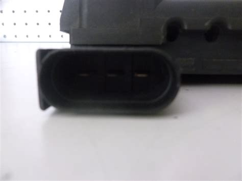 Audi Tt Fuse Box Battery by 2000 Audi Tt Mk1 8n Fuse Box Battery Terminal Junction