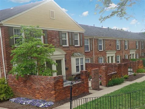 Williamsburg Of Cincinnati Apartments For Rent In Hartwell