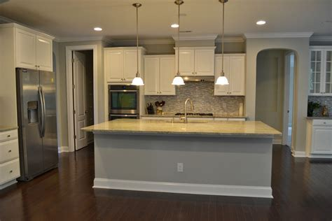 Ideal Staggered Kitchen Cabinets Heights   AWESOME HOUSE