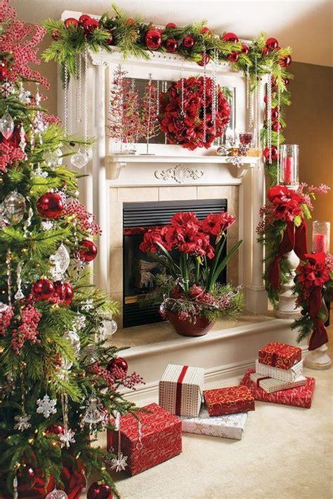 festive holiday decorating ideas   fireplace mantel