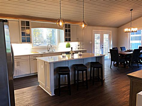 Remodeled Vacation Home by Beautifully Remodeled Refunished Access Vacation