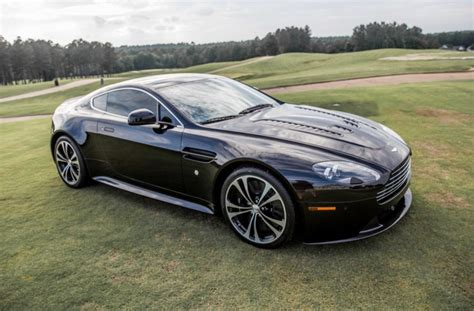 mile  aston martin  vantage carbon black