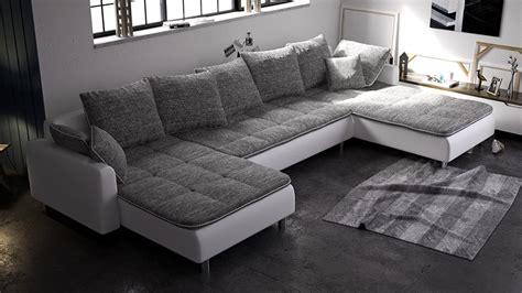 canape a vendre quel modèle de canapé choisir pour salon vendre ma maison com maison à vendre