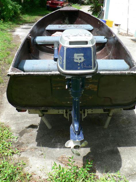 Aluminum Jon Boat Motor by Aluminum Jon Boat 11 5 W Nissan Outboard Motor Plus