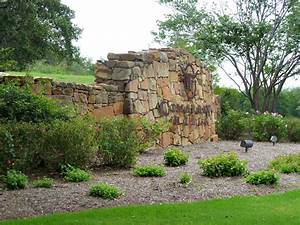 24/7 Guard Gated Communities in Austin | Gated Homes