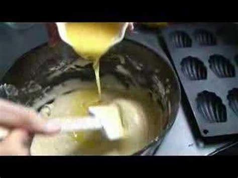recette herve cuisine recette des madeleines tradition au citron par hervé cuisine