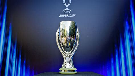 europaeischer supercup pokal trophaeen historie der